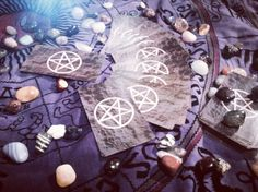 New set of Wiccan tarot cards #tarotcards #fourtune #fourtuneteller #palmreading #pagan #paganism #goth #gypsy #gothic #gothgoth #wicca #wiccan #witchcraft by nemo_is_the_name