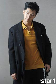 Lee Seung Gi In December @Star1 Asian Celebrities, Asian Actors, Korean Actors, Korean Idols, Jung Hyun, Kim Jung, Asian Boys, Asian Men, The Ordinary Man