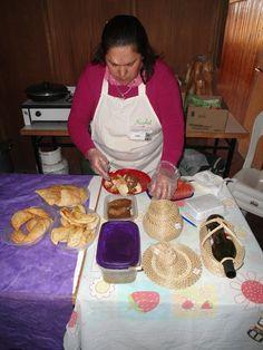 Preparando productos para la feria en Sansinena