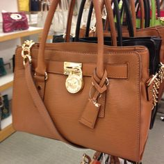michael kors factory outlet handbags hanq  Michael Kors outlet handbags at our cheap Michael Kors outlet Usa store  tends to be popular with those are crazy about latest fashion Beautiful MK  bag