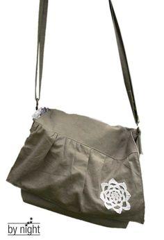 by night: Le tuto de la besace froncée/tutorial for the ruffled bag