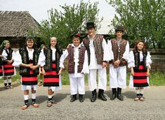 romanian traditional clothing - Google Search