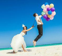 I love this wedding photo!
