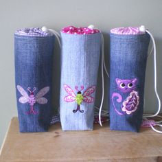 Denim Drink Bottle Bags MinXtures bottle Buy handmade gifts and personalised accessories directly from UK makers and designers Jean Crafts, Denim Crafts, Fabric Crafts, Sewing Crafts, Sewing Projects, Denim Ideas, Bottle Bag, Denim Bag, Purses And Bags