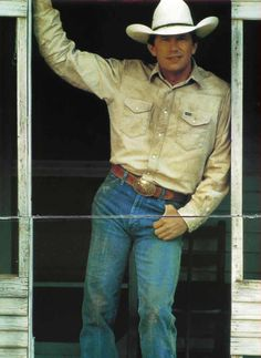 George Strait Photo by St4RRyN1TE | Photobucket