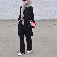 trendy Ideas for hijabi fashion casual products Hijab Casual, Hijab Chic, Hijab Fashion Casual, Islamic Fashion, Muslim Fashion, Mode Outfits, Fashion Outfits, Fashion Ideas, Dress Fashion