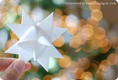33 Shades of Green: Handemade Holidays: Moravian Star Tutorial Christmas Paper Crafts, Christmas Star, Simple Christmas, Christmas Ideas, Christmas Patterns, Holiday Ideas, Christmas Decor, Merry Christmas, Christmas Gifts