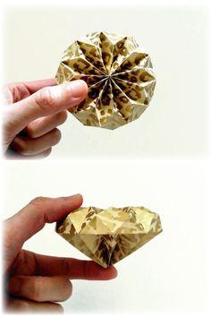 A4の紙1枚から2粒のダイアモンドを折ることが出来ます