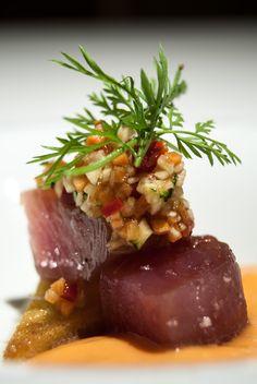 Bonito Marinado con Salmorejo Restaurante Lienzo Valencia