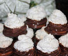 Plnené kokosky Oreo Cupcakes, Cupcake Cakes, Donuts, Czech Recipes, Fancy Cakes, Pavlova, Christmas Cookies, Nutella, Cheesecake
