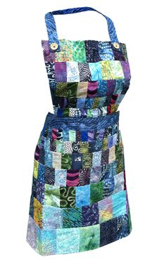 Momma Lil's Flattering Quilted Apron - Blue Batik