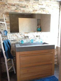 Badkamer betonstuc en steenstrips douche diy | Home made D.E | Pinterest