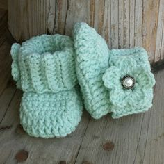 Crochet baby girl boots in Mint with mint by MalindasDesigns, $20.00