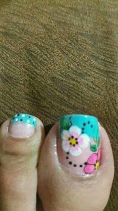 Flower Pedicure, Pedicure Nail Art, Hot Nails, Hair And Nails, Cute Pedicure Designs, Cute Pedicures, New Nail Art, Toe Nail Designs, Nail Art Galleries