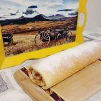 Videolu anlatım Elmalı Rulo Pasta Videosu Tarifi nasıl yapılır? 7.001 kişinin defterindeki bu tarifin videolu anlatımı ve deneyenlerin fotoğrafları burada. Yazar: esin akan