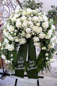Funeral Floral Arrangements, Beautiful Flower Arrangements, Beautiful Flowers, Casket Flowers, Funeral Flowers, Floral Bouquets, Floral Wreath, Corona Floral, Casket Sprays