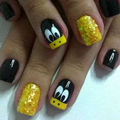 Cool sparkly and funky nails! New Nail Art, Cute Nail Art, Nail Art Diy, Cute Acrylic Nails, Gel Nails, Love Nails, Pretty Nails, Duck Nails, Yellow Nail Art