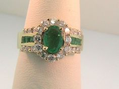 Emerald Ring with Diamonds 18 kt Gold halo design #Unbranded #haloring