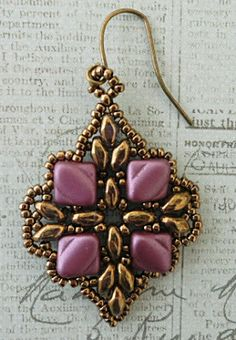 Linda's Crafty Inspirations: Playing with my Beads...Anya  Earring samples Pattern $5