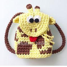45.7k Followers, 2,210 Following, 577 Posts - See Instagram photos and videos from @ayfermorkaya 💜💜💜 (@applewhitecrochet) Crochet Crafts, Crochet Yarn, Crochet Toys, Crochet Projects, Baby Afghan Crochet, Crochet Cardigan Pattern, Crochet Patterns, Handmade Handbags, Handmade Bags