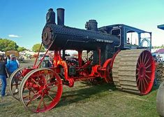 1911 Avery HP Steam Traction Engine (at the Buckley Old Engine Show) - would make an interesting model Antique Tractors, Vintage Tractors, Old Tractors, Vintage Farm, Steam Tractor, Farm Day, Classic Tractor, Tractor Pulling, Old Farm