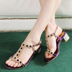 Cheap 2014 moda rhinestone sandalias de punta abierta de la mujer sexy de tacón bajo gruesas sandalias de tacón elegantes zapatos de las para mujer casual zapatos para mujeres, Compro Calidad Sandalias directamente de los surtidores de China:     Opciones  Cantidad    Púrpura. 34  193    Púrpura. 35  191    Púrpura. 36  384    Púrpura. 37  183    Púrpura.