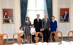 May 5: Unveiling their new portraits in the palace of Schackenborg