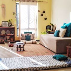Jayati and Manali share their home tour as the science home décor - The pretty touches living area and spaces which can spend most of leisure time Indian Bedroom Decor, Indian Room, Indian Home Decor, Living Room Designs, Living Room Decor, Living Rooms, Floor Seating, Room Interior Design, Interior Designing