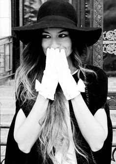 gloves + hat = style!
