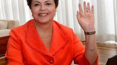 A ex-presidente Dilma Rousseff inicia, nesta quarta-feira (27), uma viagem de 12 dias para a Finlândia e a Rússia, com o objetivo de denunciar pelo mundo o golpe sofrido com o impeachment. Dilma será acompanhada de três assessores do planalto, autorizados para a acompanharem no tour.  Lembrando quea ex-presidente pode ter seis assessores e dois motoristas custeados pela União, com salários entre R$ 2.227,85 a R$ 11.235,00, além deaté dois veículos com motoristas pagos pela União (ou seja…