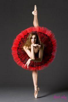 dancers agile - brunette - flowering tutu