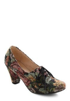 I'm in love with a shoe.  :o/ ==> Bloom and Board Heel, #ModCloth