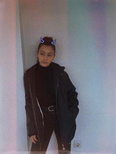 Teenage Room Decor, Adidas Jacket, Bomber Jacket, Best Friend Photography, Grunge Boy, Fake Girls, Boys Dpz, Fake Photo, Instagram Pose