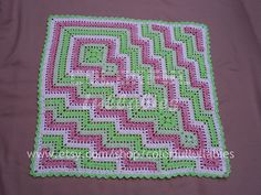 Square and ripple blanket pattern by Sara Palacios