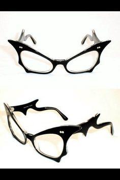 bc3834a974a0 Need to find these amazing glasses   frames . NEEEEED them!! Ñēêëèéêeeed!