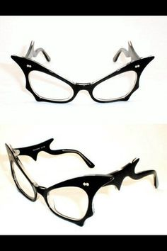 Need to find these amazing glasses / frames . NEEEEED them!! Ñēêëèéêeeed!!!!
