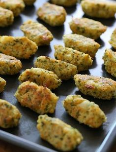 Cauliflower Tots-- hmmmm... I could totally make these Paleo and AIP....