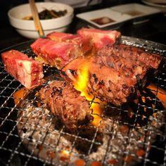 YAKINIKU last night😋🍖 究極タン。 別府市の美味しい焼肉屋。 ホルモンやレアな部位が充実です👍  #yakiniku #bbq #beef #meat #yummy #foodporn #japanesebeef #dinner #beppu #happy #wagyu #beeftongue #焼肉 #肉 #タン #牛タン #美味しい #別府 #肉肉肉 #肉好き #夕食 #牛肉 #ワイン と🍷 #ホルモン