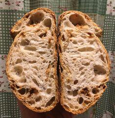 Index - Mindeközben - Volt otthon 200 kiló lisztje, elindult a Karanténkenyér-sütő Bajnokságon, és meg is nyerte Kili, Bread, Food, Brot, Essen, Baking, Meals, Breads, Buns