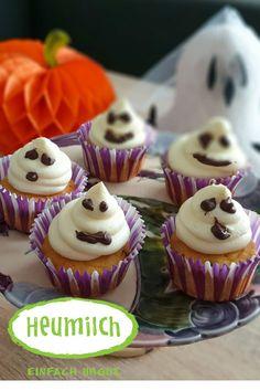 Urgute und schaurige Gespenster-Cupcakes mit dem Besten aus Heumilch sind die passende Stärkung für große und kleine Schreckgespenster Cupcakes, Muffins, Decorating, Desserts, Food, Bakken, Biscuits, Halloween Party Recipes, Hay