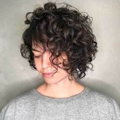 Side-Parted+Messy+Curly+Bob curly short, thin curly hair, curly bangs Blonde Curly Bob, Curly Lob, Bob Haircut Curly, Short Curly Bob, Curly Bangs, Brunette Bob, Medium Curly Bob, Curly Pixie, Braid Bangs