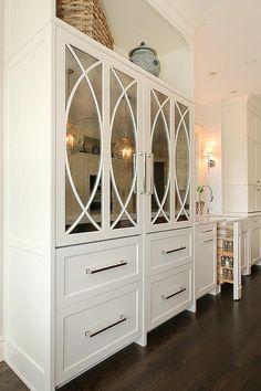 Kitchen Cabinet Drawers, Cabinet Decor, White Kitchen Cabinets, Kitchen Cabinet Design, Wooden Kitchen, White Wood Paneling, Wood Trim, Küchen Design, Interior Design