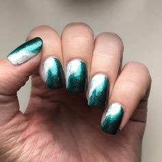 New Green and White Nails #manimonday #manicuremonday #NOTD #nails #nailart #naildesign