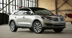 2017 Lincoln MKX is a mid-size crossover SUV by Lincoln. After debuting as a 2007 model in December the Lincoln MKX is a rebadged version of the Ford Edge using the Ford platform for and platform for the T Best Midsize Suv, Best Compact Suv, Lincoln Mkx, Lincoln 2017, 2019 Ford Explorer, Toyota Rav4 Hybrid, Suv Comparison, Best Suv, Ford Flex
