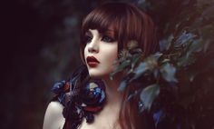race-almera-mary-grace-annr-rice-queen-of-the-damned-red-couture-headpiece-redhead-ginger-freckles-nature-naturelover-fantasy-fairytale-vampire.jpg