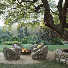 Build a unique outdoor fire pit seating using our spectacular ideas for circular, sunken & built in area designs for patio, garden & backyard. Outdoor Rooms, Outdoor Dining, Outdoor Gardens, Outdoor Seating, Backyard Seating, Outdoor Chairs, Outdoor Lounge, Backyard Landscaping, Landscaping Ideas