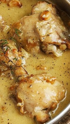 Easy Rustic Chicken with Garlic and White Wine Gravy