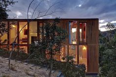 002-hollywood-hills-house-ae-architecture