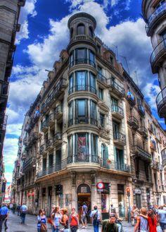 Attractive Barcelona http://www.travelandtransitions.com/destinations/destination-advice/