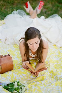 cutest bridal, reading and picnic